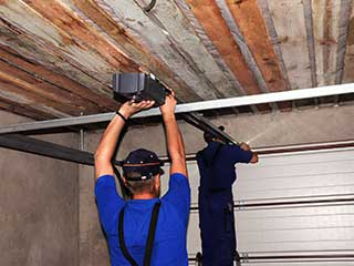 Affordable Garage Door Repair Near Boca Raton, FL